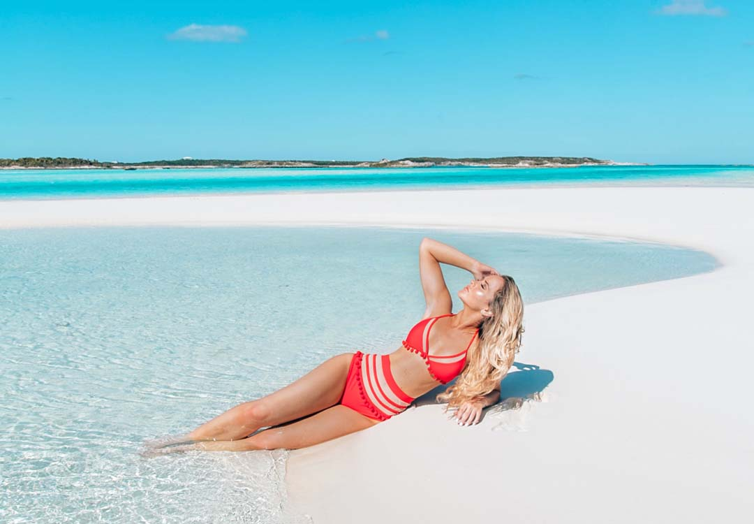 Lauren Nicolle, fashion blogger, resort wear red bathing suit