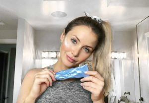 Lauren Nicolle, fashion and beauty blogger, favorite masks