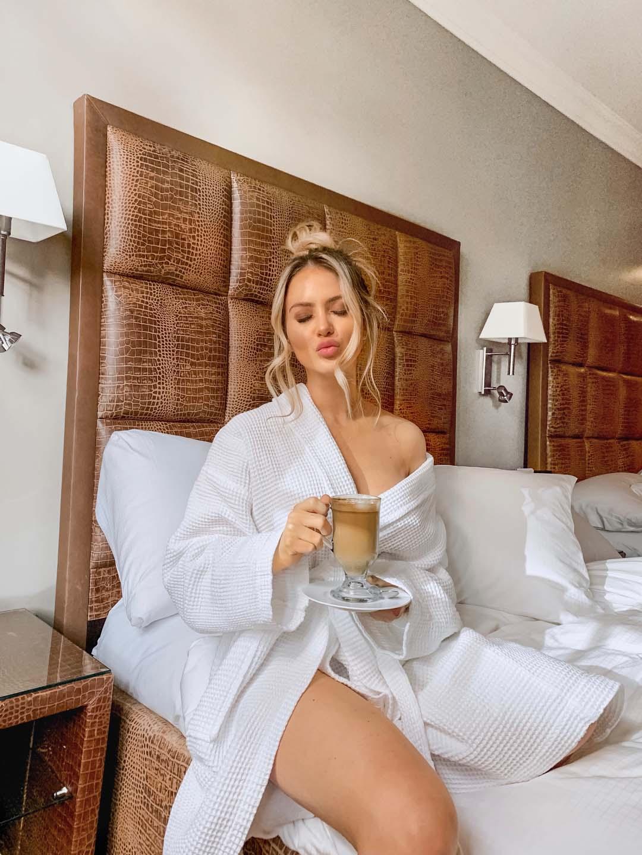 d2-lauren-robe-coffee